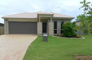 Modern 4 Bedroom Home Across from Reserve Mooloolaba Maroochydore Area Preview