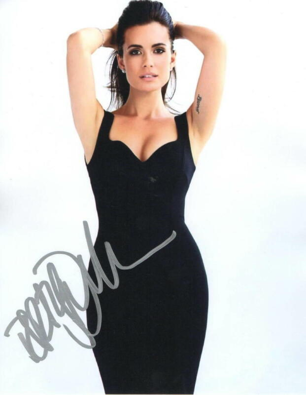 HOT SEXY TORREY DEVITTO SIGNED 8X10 PHOTO CHICAGO MED AUTHENTIC AUTOGRAPH COA D