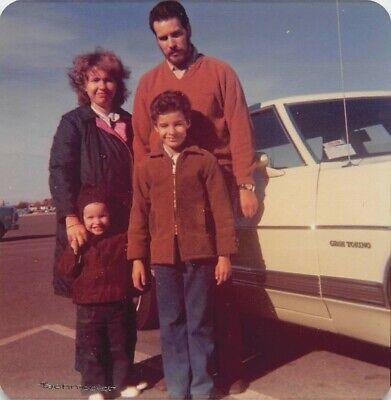 GRAN TORINO in RENO - FAMILY MAN WOMAN KIDS PARENTS w CAR VTG 1972 PHOTO (Women In Reno)