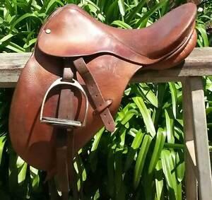 Original Don Stuart Pony Club Saddle Trangie Narromine Area Preview