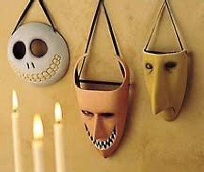 NIGHTMARE BEFORE CHRISTMAS LOCK SHOCK AND BARREL  DISNEY WALL - Lock Shock And Barrel Masks