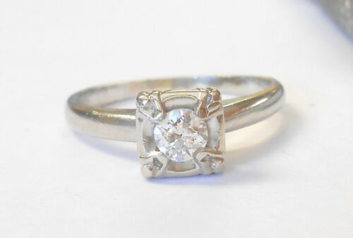 Vintage Classic .25ct Diamond Solitaire 14K White Gold Engagement Ring Size 7