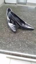 Black leather high heel court shoes - Size 9.5 B - Sandler Brand Bassendean Bassendean Area Preview