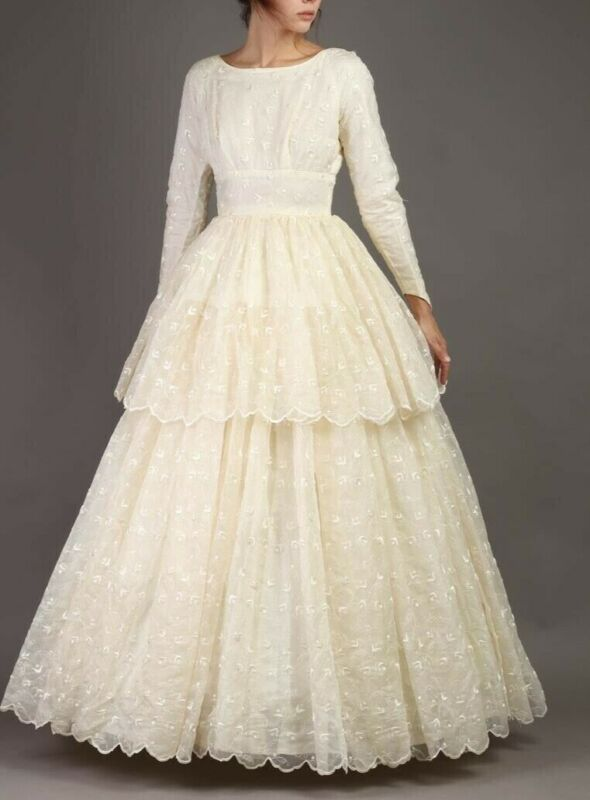 50s IVORY EYELET LACE S Tiered Wedding Dress Gown Scalloped long sleeve