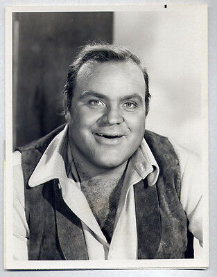 DAN BLOCKER as HOSS in BONANZA Western TV SHOW 1970 VINTAGE ORIG PHOTO w. snipe