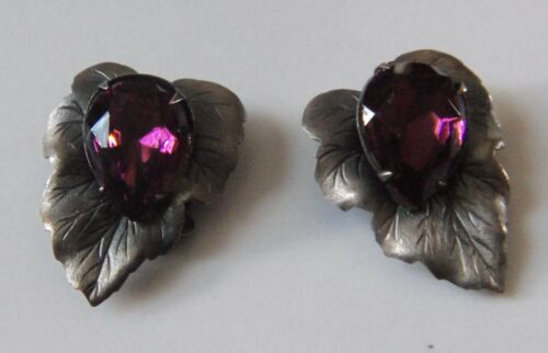 Vtg Leaf Clip-on Earrings w/Large Purple Amethyst Glass Stones Faceted Prong Set