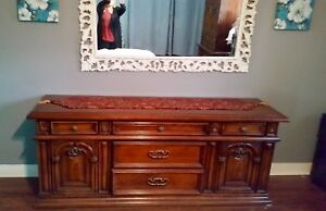 **BEDROOM SET SKLAR PEPPLER BEAUTIFULLY CRAFTED SOLID WOOD**
