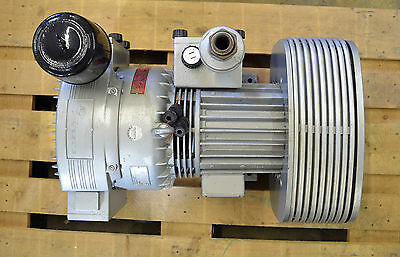 Rietschle TR 61 D (72) 102106-7217 Vakuumpumpe  60 m³ 0,8 bar 2,2 kW Motor