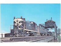 Rock Island RS3 Chicago La Salle Street Station 1958 scene Postcard MINT!