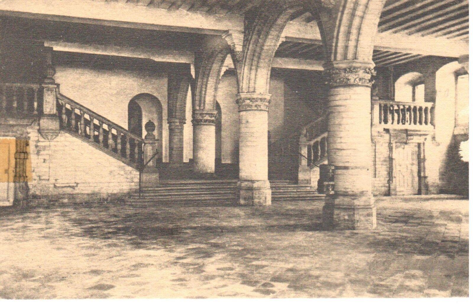 carte postale - Leuven - Louvain - CPA - Anciennes Halles aux draps