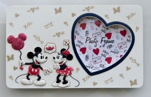 DISNEY MICKEY&MINNIE MOUSE SWEETHEARTS/4X4 HEART SHAPED RESIN PICTURE FRAME NEW