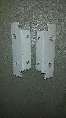 1 Set Agilent Hp 3.5 Rack Mount Ears For Use With Handles Light Grey.qty Avail