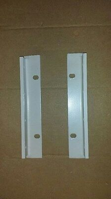 1 Set Hp Agilent 7 Rack Mount Ears For Use Without Handles Light Grey. Qty