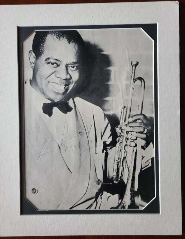 Louis Armstrong JSA Coa Signed 8x11 Matted Photo Autograph