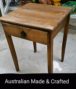 Antique style study desk/small table Leichhardt Leichhardt Area Preview