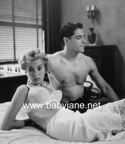 062 PSYCHO JANET LEIGH BUSTY IN BRA & JOHN GAVIN BARECHESTED PHOTO