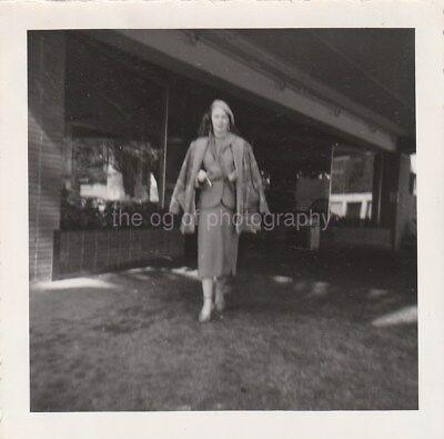Vintage FOUND PHOTOGRAPH bw FREE SHIPPING Original Snapshot 89 11 D