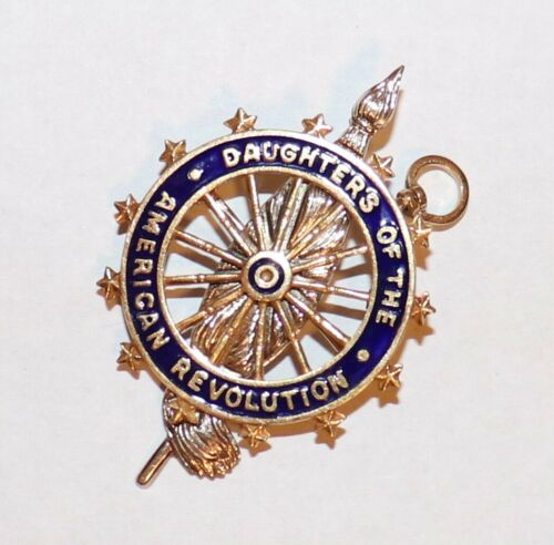 Daughters Of The American Revolution Pin 14k DAR Gold Enamel JE Caldwell & Co