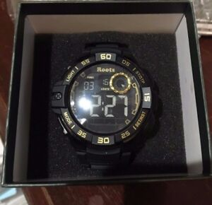 Roots Chief Digital Water Proof Sports Surfing Diving Watch Black / Gold