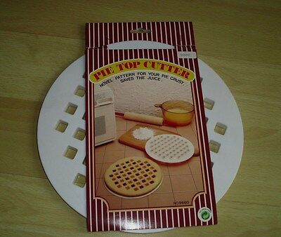 weißer Pie Top Cutter, original verpackt, *Neu*  Pie Top Cutter
