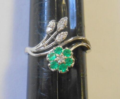 Brilliant Emerald & Diamond Flower Spray 18K White Gold Vintage Ring Size 7.25