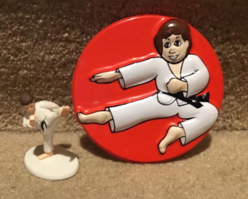 Vintage Karate Pop Top And Cake Top Figure