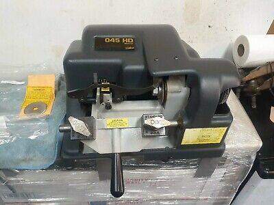 Ilco 045 Manual Key Cutting Machine.