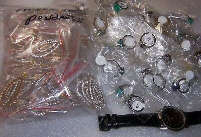 1500 + Pcs  Resale / Wholesale Mixed Rings and Fashion Jewelry. Store Closing.