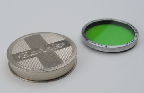 KODAK RETINA II * GREEN NIII FILTER * 29.5mm THREAD DIAMETER - EX. CLEAN GLASS