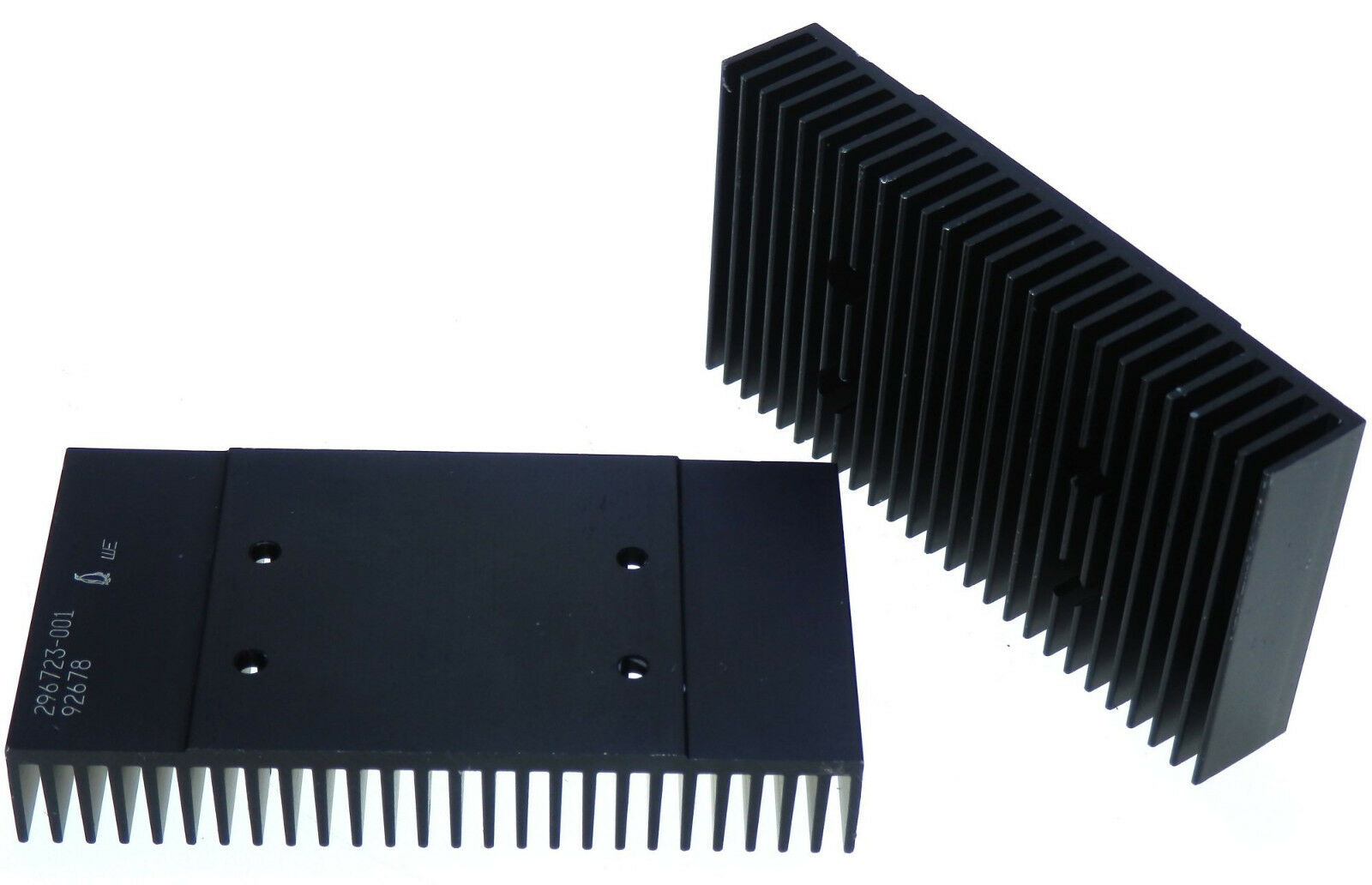 HP Aluminium Black anodised Multipurpose HeatSink. 61 x 117 x 20cm