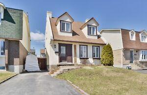 Maison à vendre Saint-Hubert