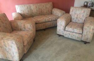 Club Lounge Suite