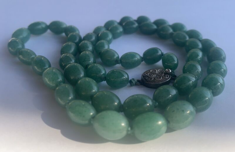 Vintage Green Aventurine Oval Beads Silver Clasp Knotted Necklace