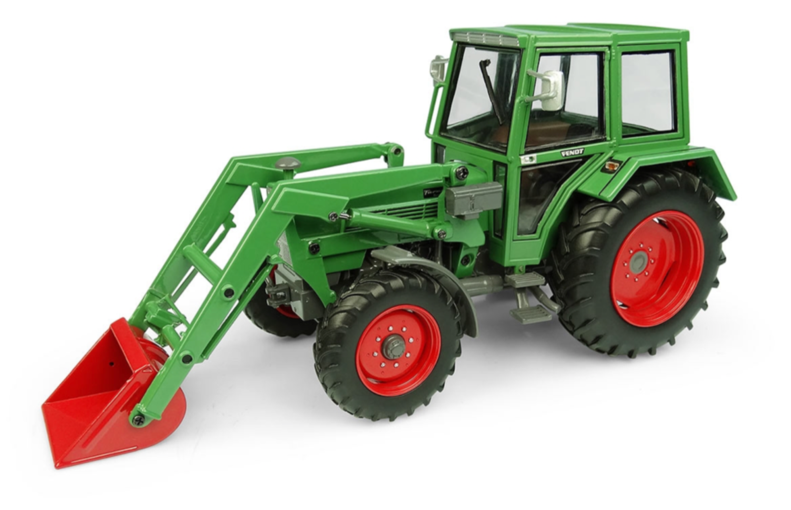 UNIVERSAL HOBBIES 5251 1:32 SCALE FENDT FARMER 108LS WITH CAB AND LOADER
