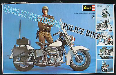 Revell 1227 - HARLEY-DAVIDSON POLICE BIKE - 1:8 - Motorrad Modellbausatz - Kit