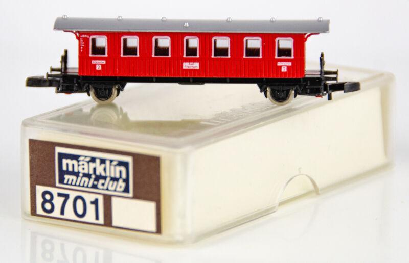 Vintage Marklin Mini-Club 8701 German Z Scale Red 2nd Class Passenger Car