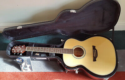 Crafter T9/N Acoustic Guitar in Hard case