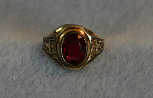 Vintage 10K Gold Filled Girl Scout - Brownie Ring with RED Stone