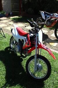 Honda CRF110 Kids Off Road 4 Stroke Niddrie Moonee Valley Preview
