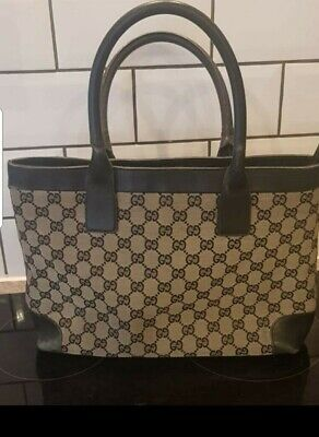 VINTAGE GUCCI BLUE/BLACK AND BEIGE DESIGNER HANDBAG