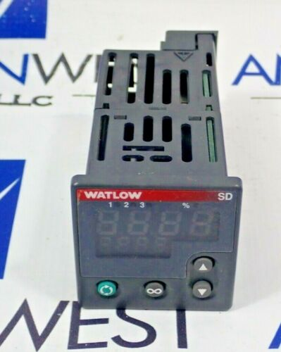 Watlow SD6E-HKAA-AARG Temperature Controller Type IP65/4x/12 Enclosure