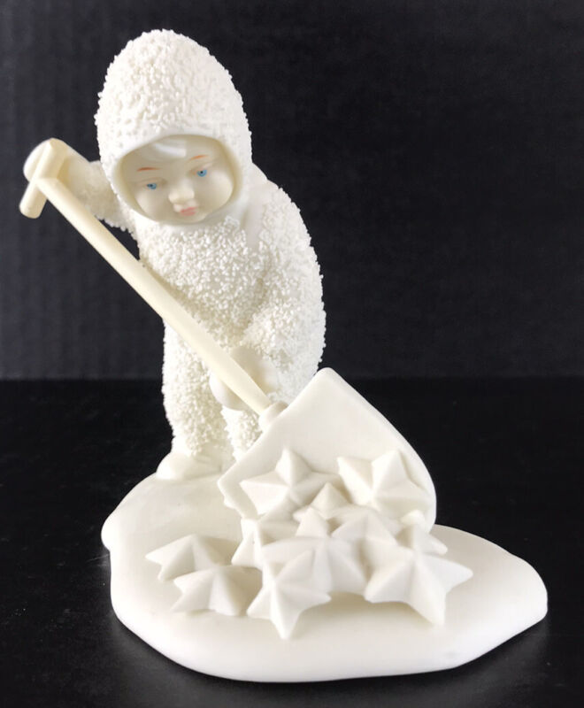 """Snowbabies Figurine Department 56 """"So Much Work To Do"""" Shoveling Stars"""