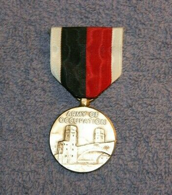 U.S. ARMY OF OCCUPATION 1945 MEDAL IN GOOD (Army Of Occupation Medal)