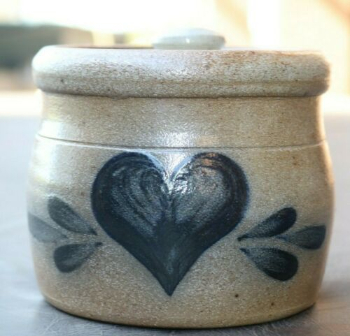 "Vintage Rowe Pottery Heart Motif Salt Glazed Crock & lid 4.5"" Gray Blue 1987"