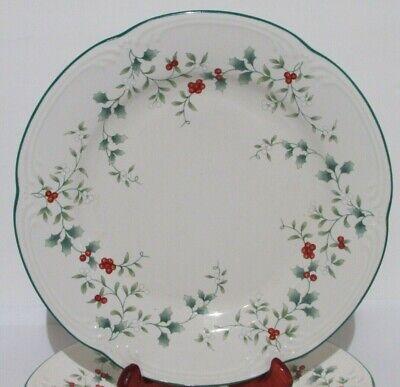 Pfaltzgraff Winterberry Dinner Plates  Set of 4