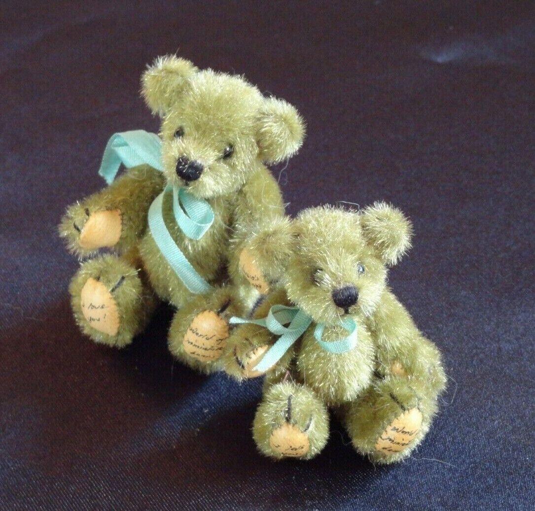2 THERESA 1998 Bears I LOVE YOU World Of Miniature Bears MAMA PAPA W Baby GREEN - $69.95