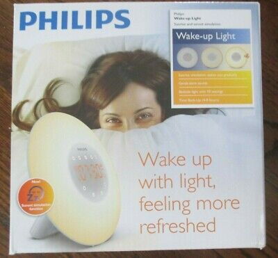 Philips Wake-Up Light Alarm Clock with Sunrise Simulation and Radio, White
