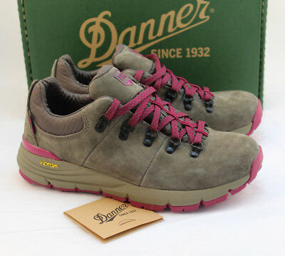 New DANNER 62264 Mountain Low 600 Women's 8.5 Gray /Plum Hik