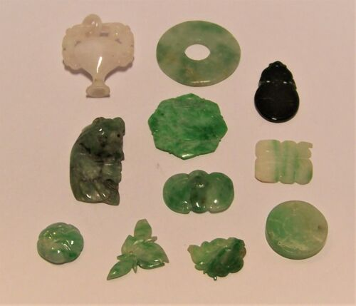 Eleven pieces carved old A Jade - loose pieces