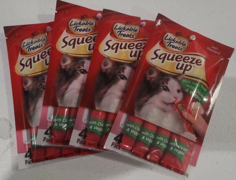HARTZ SQUEEZE UP Delectables CHICKEN & VEGGIES 4 packs-Total 16 Lickable Treats